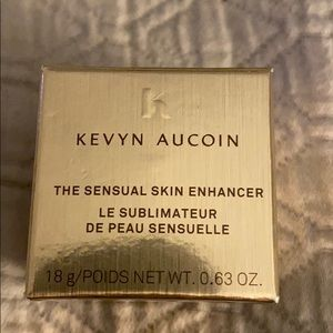 KEVIN AUCOIN THE SENSUAL SKIN ENHANCER!! NEW
